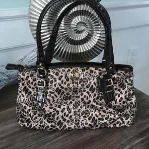 Coach Leopard/ Cheetah 🐆 print purse 👛 EUC